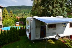 Wohnmobilstellplatz an der Villa Sonnenseite Objektansicht